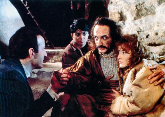 SLIPSTREAM, Bob Peck (left), Ben Kingsley (mustache), 1989, © Image Entertainment